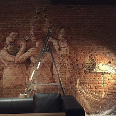 фреска фото, фреска старинная технология, старинная фреска на стене, роспись стен ресторан, находка ресторан, aerografiya-da-vinchi, rospis-sten, роспись стен в ресторане, да винчи граффити, граффити на стене, граффити на заказ, леонардо да винчи на стене, фреска на стене, Санкт-Петербург, Москва, vsevdecor, всевдекор, все в декор