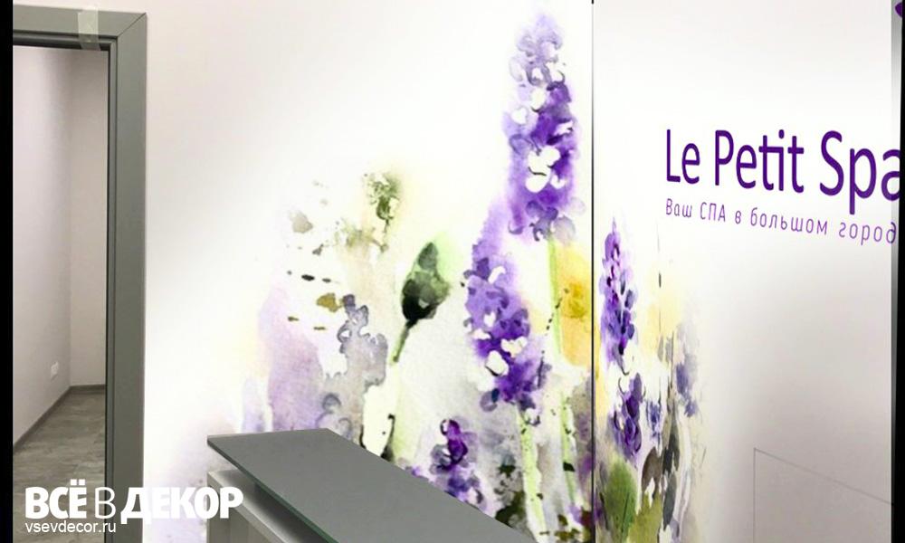 akvarel-na-stene-tsvety-salon-krasoty (8)