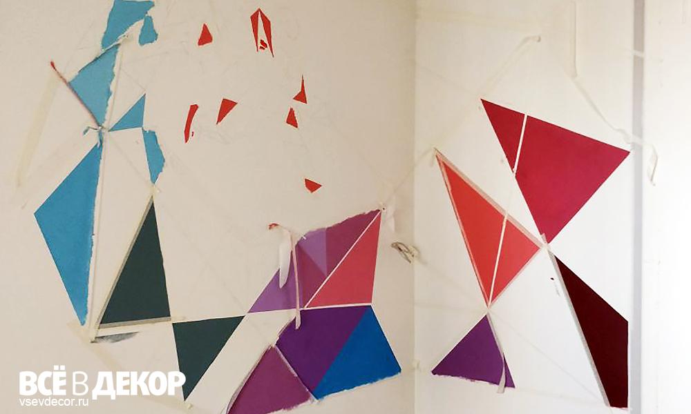 роспись стен в детской комнате, хоккеист, треугольники, геометрия, хоккеист треугольники на стене, треугольники на стене, геометрия на стене, всевдекор, все в декор, vsevdecor, граффити, дети, геометрия роспись стен, треугольники роспись стен, детская комната, graffiti, роспись стен, спб, санкт петербург, комната мальчика, детский рисунок на стене, treangles on wall, geometry on the wall, хоккей на стене, hokkey on the wall, hokkey graffiti, хоккей граффити, рисунок хоккеиста на стене, комната мальчика хоккеиста